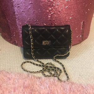 🌸OFFERS?🌸Saks Fifth Avenue Leather Crossbody Bag